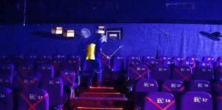Cinema e teatri chiusi: rivolta contro il Dpcm. Le reazioni social
