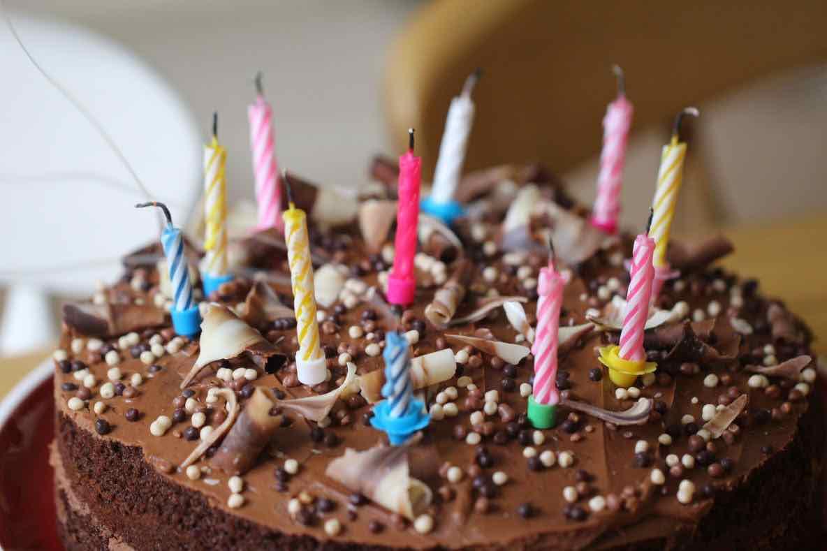 Brescia Festeggiano il compleanno, multati in 8