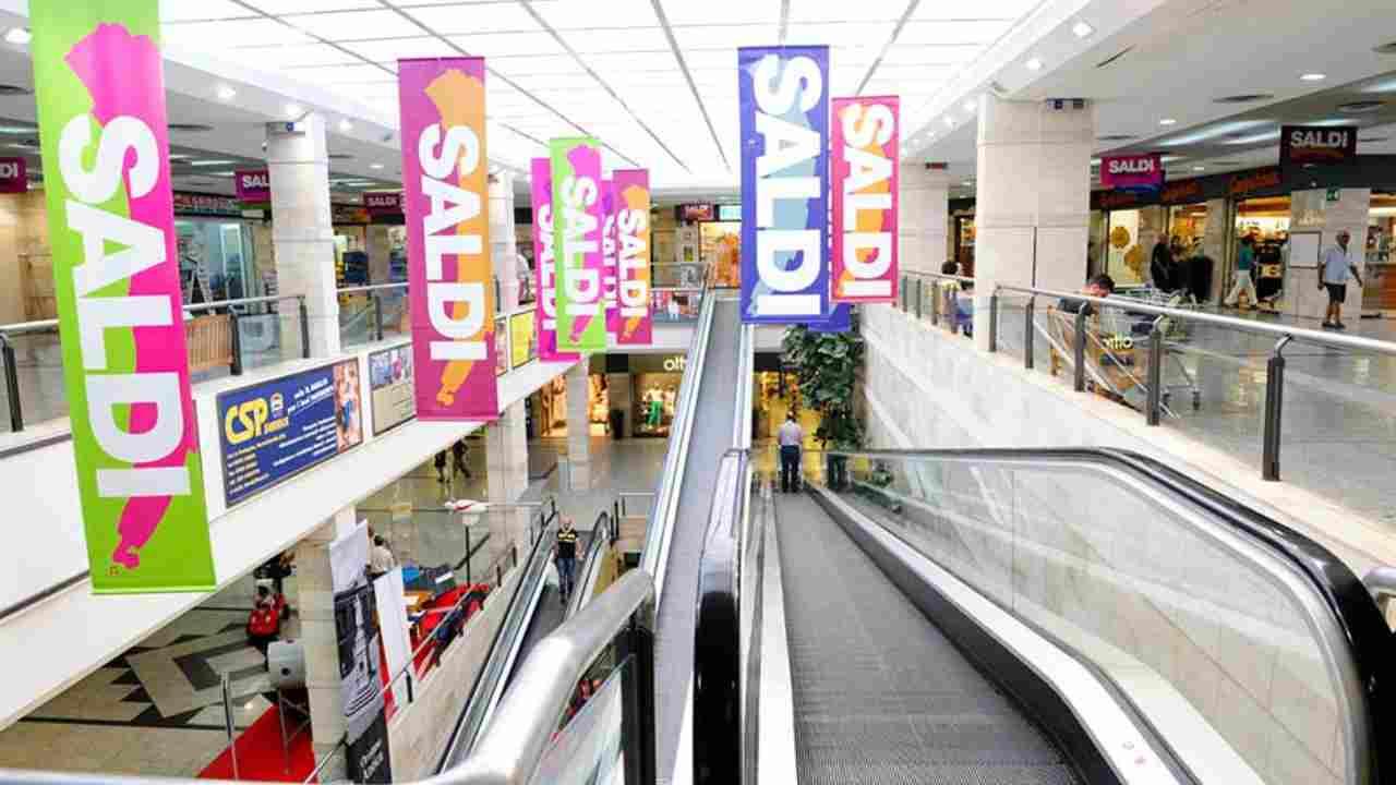 Nuovo DPCM, centri commerciali chiusi nei weekend. Le eccezioni
