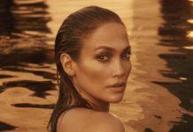 Jennifer Lopez senza niente addosso