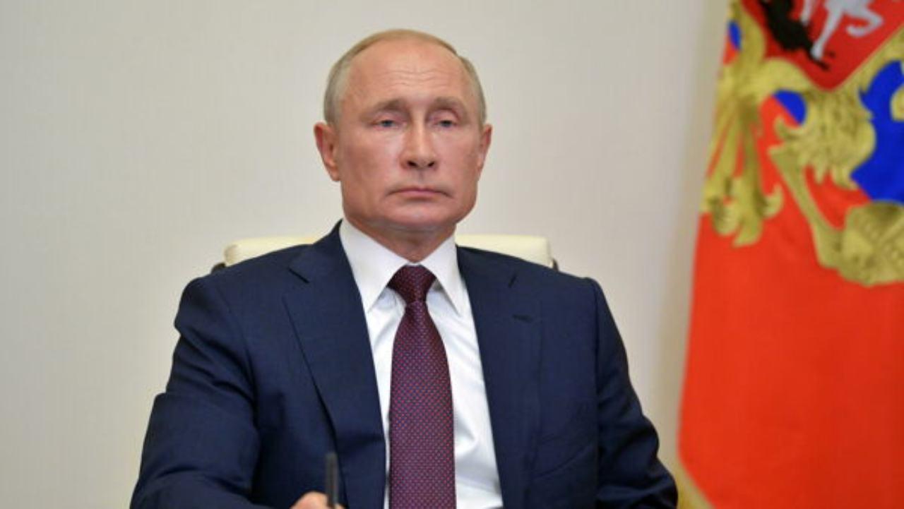 """Vaccino Covid, la Russia annuncia: """"Il nostro è efficace al 92%"""""""