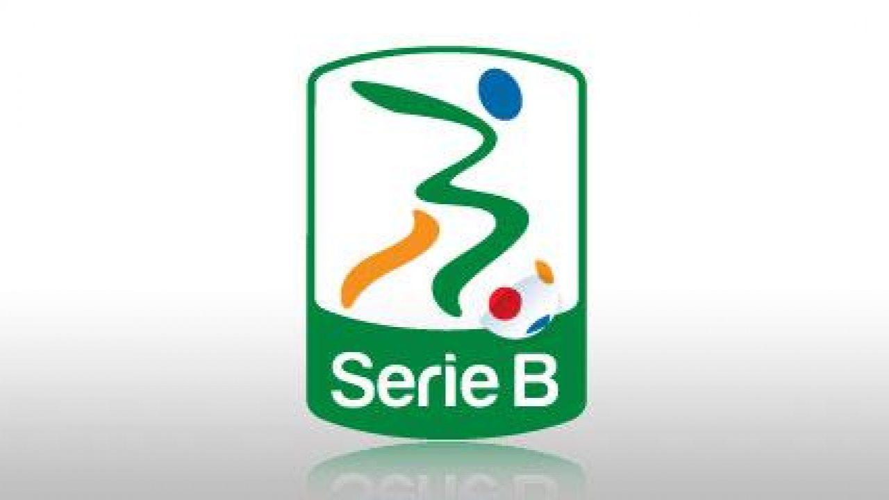 Programmi Tv oggi 20 novembre: intrattenimento, film e sport