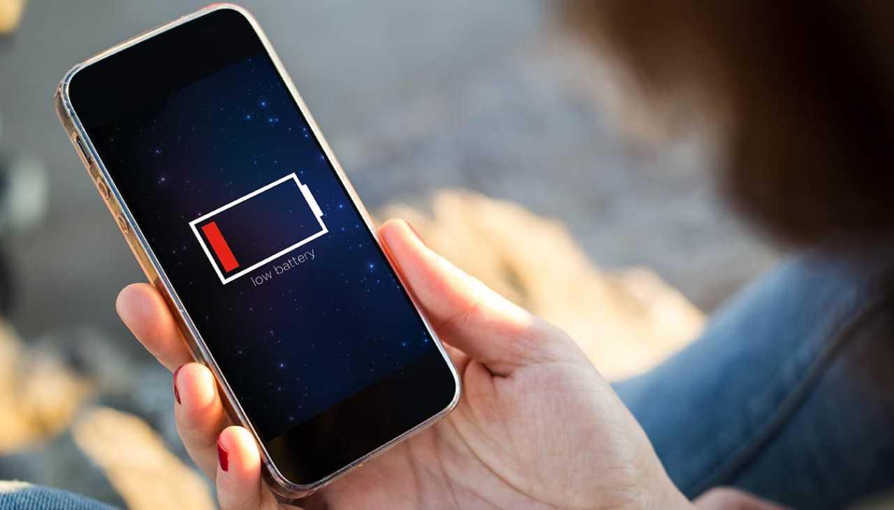 Come ricaricare il tuo smartphone. Acceso o spento? Ecco la risposta
