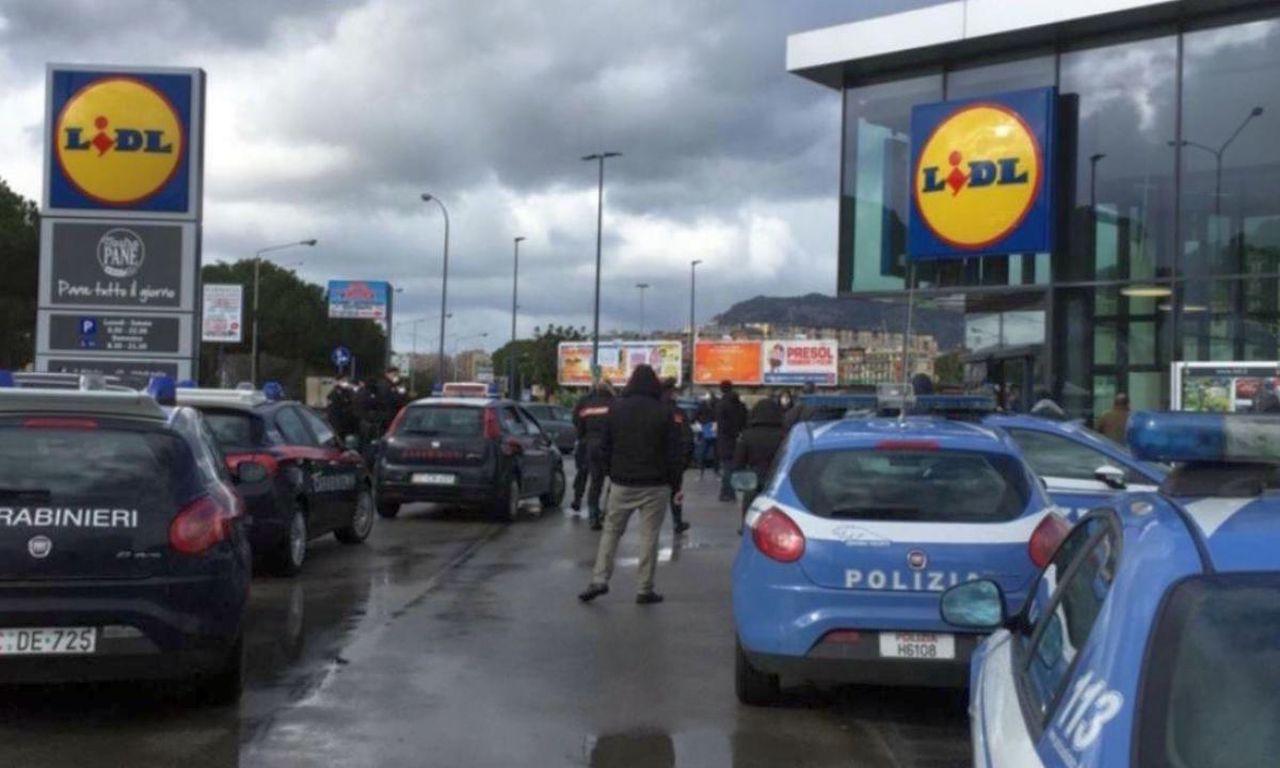 Lidl, 'caso scarpe': file dal mattino e 'assalto' anche a Terni
