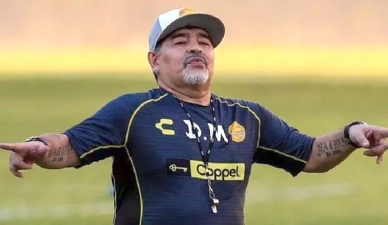 Maradona sta meglio: ecco dove trascorrerà la convalescenza. Le reazioni