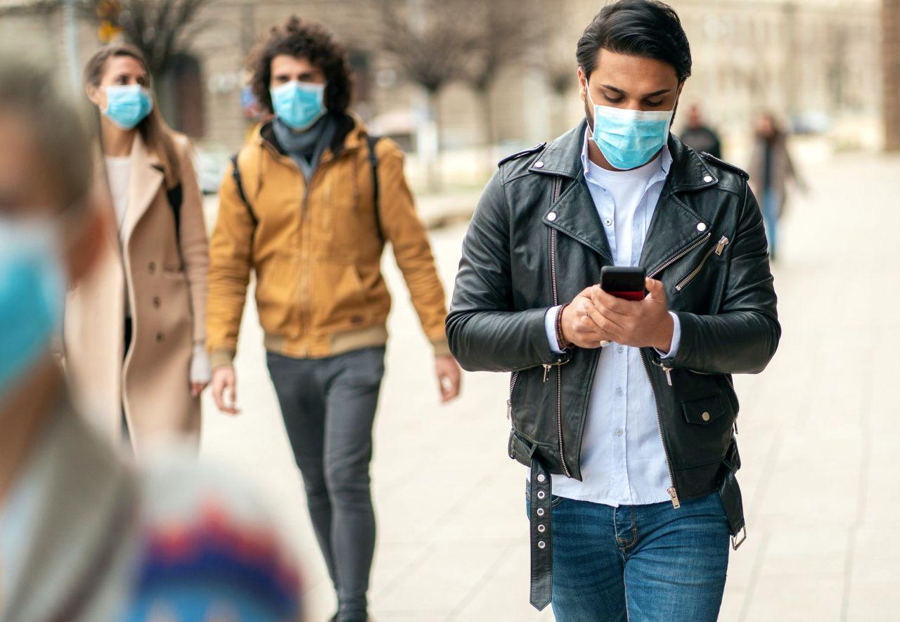 Covid, picco della pandemia in Italia a novembre: spunta la data
