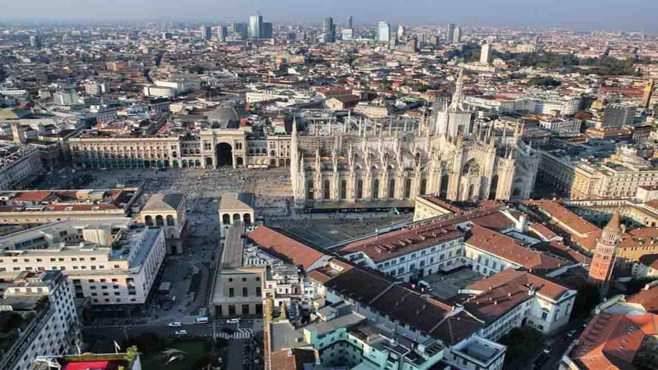 Cielo sereno su Milano