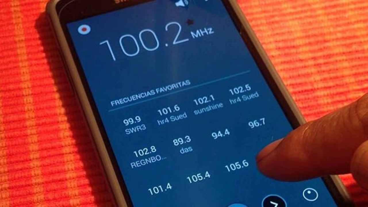 Radio FM: nel 2021 non sarà più disponibile sugli smartphone