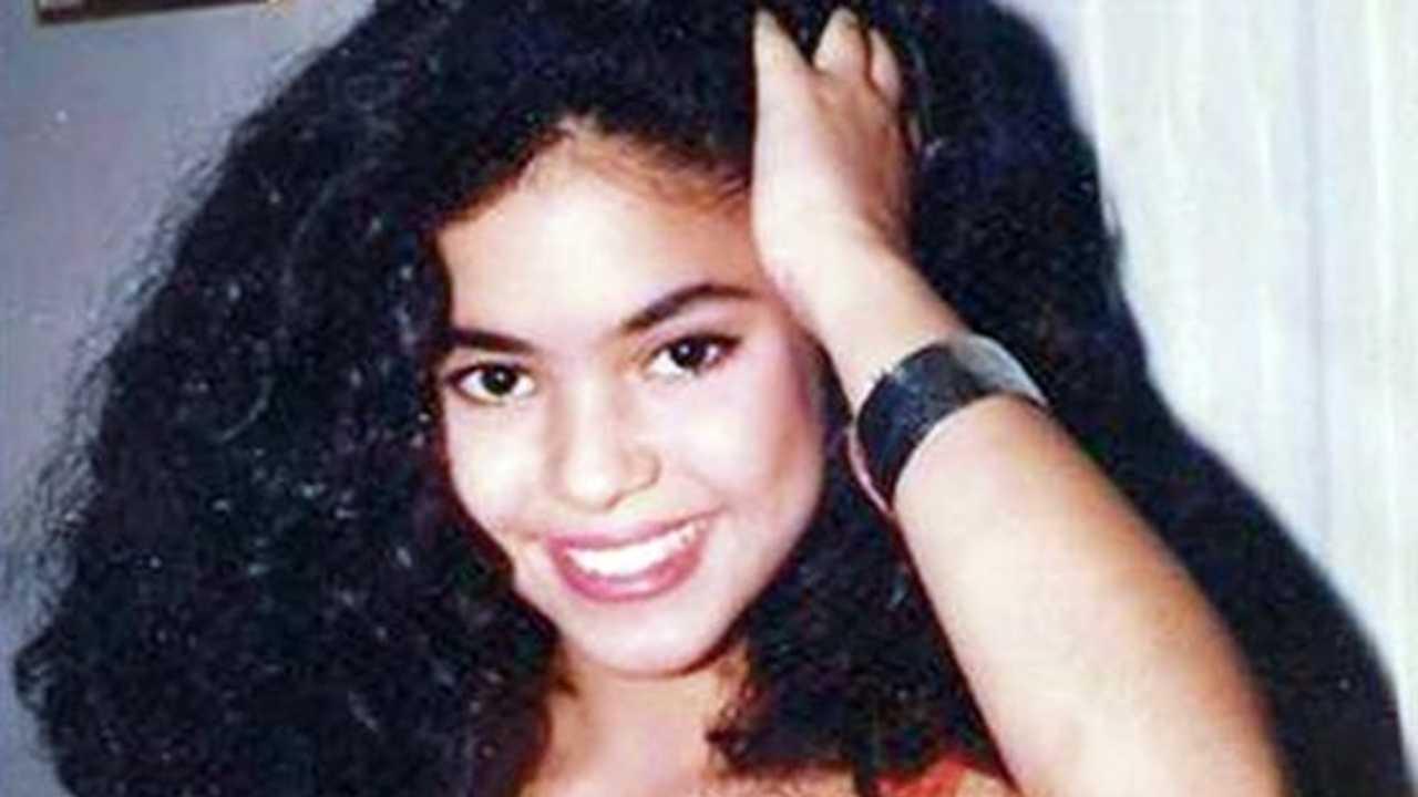 Shakira teenager
