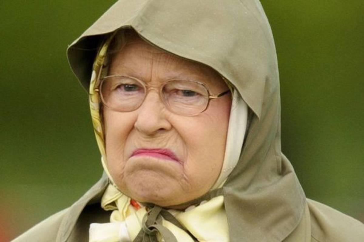 monarchia regina elisabetta