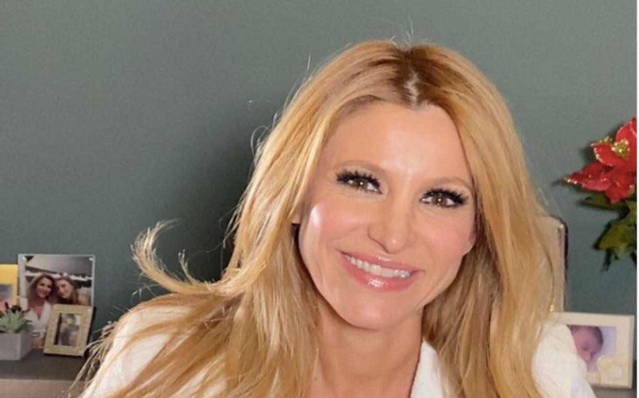 """Adriana Volpe e la rinascita dopo Magalli: """"Hai provato per anni a farmi stare zitta"""""""