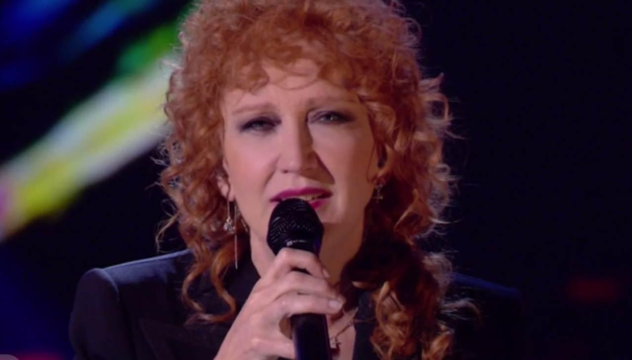 Fiorella Mannoia canta T'appartengo con Ambra Angiolini – VIDEO