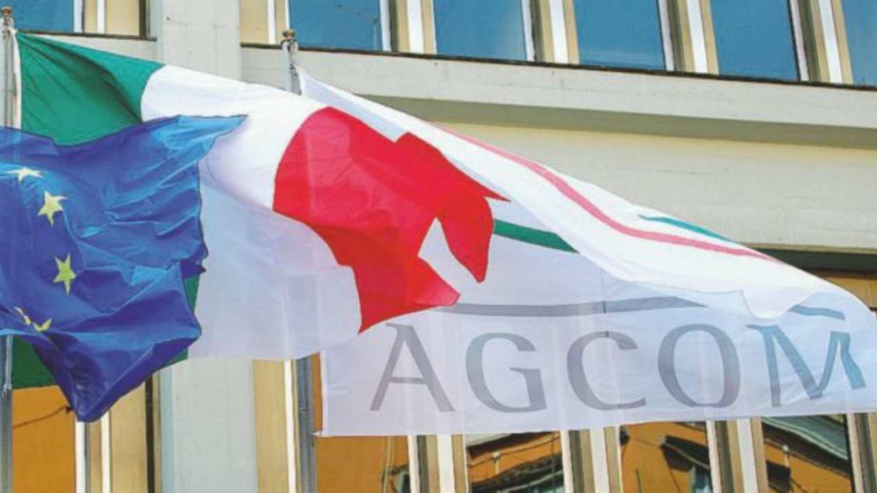 Bandiera Agcom