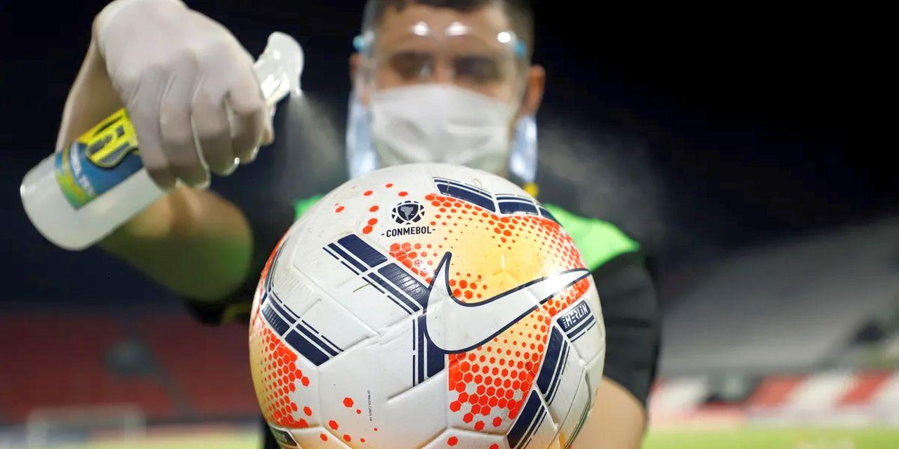 Covid, come crollano i conti dei top club europei di calcio: numeri sconvolgenti