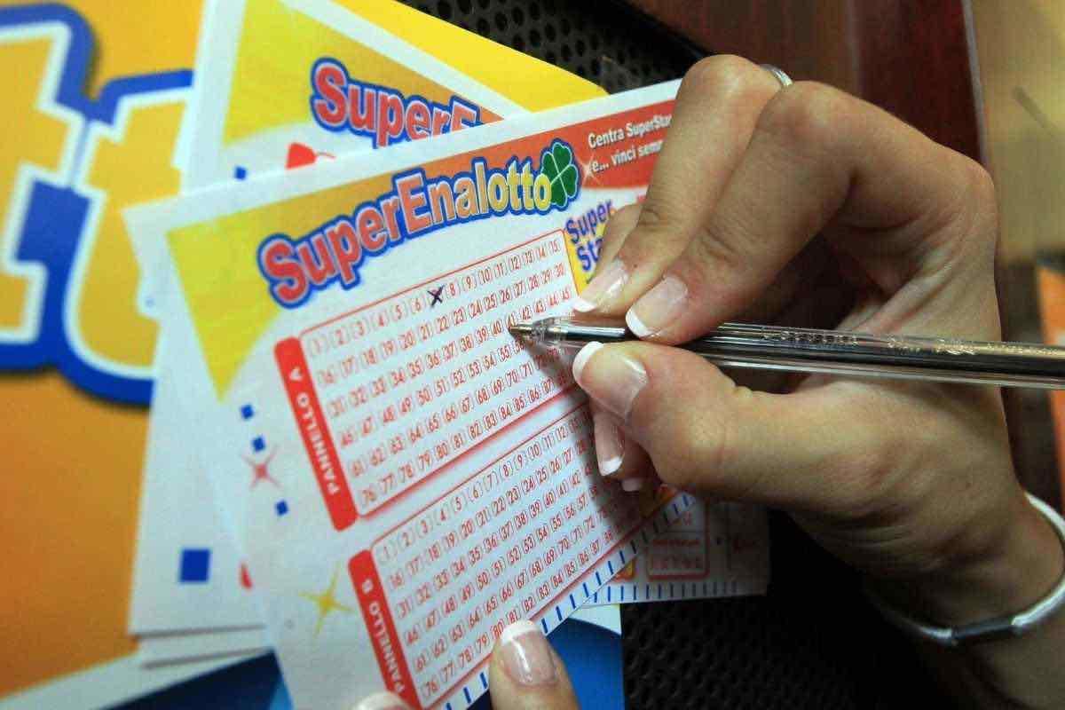 Estrazioni in tempo reale Lotto, Superenalotto, Simbolotto e 10eLotto 26 gennaio