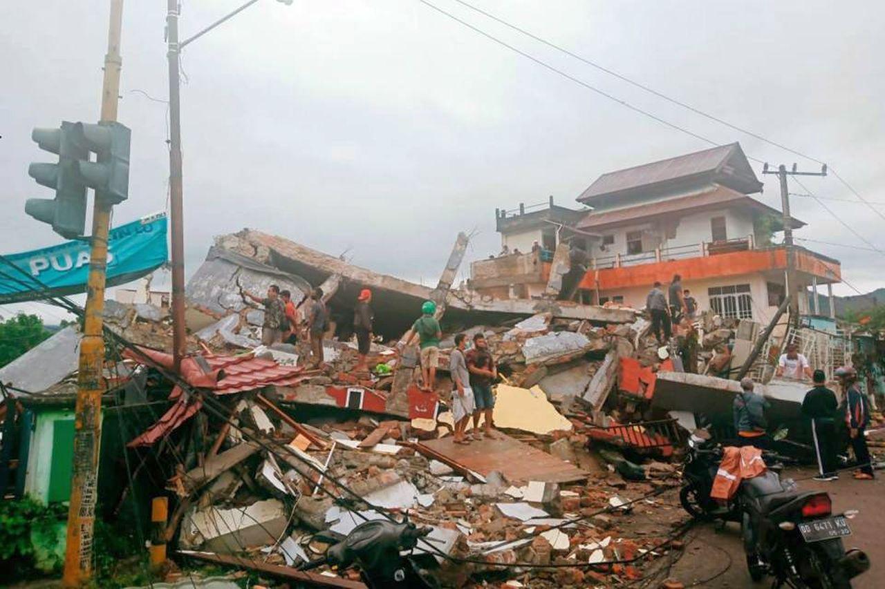 Tragico terremoto in Indonesia: 34 morti e centinaia di feriti