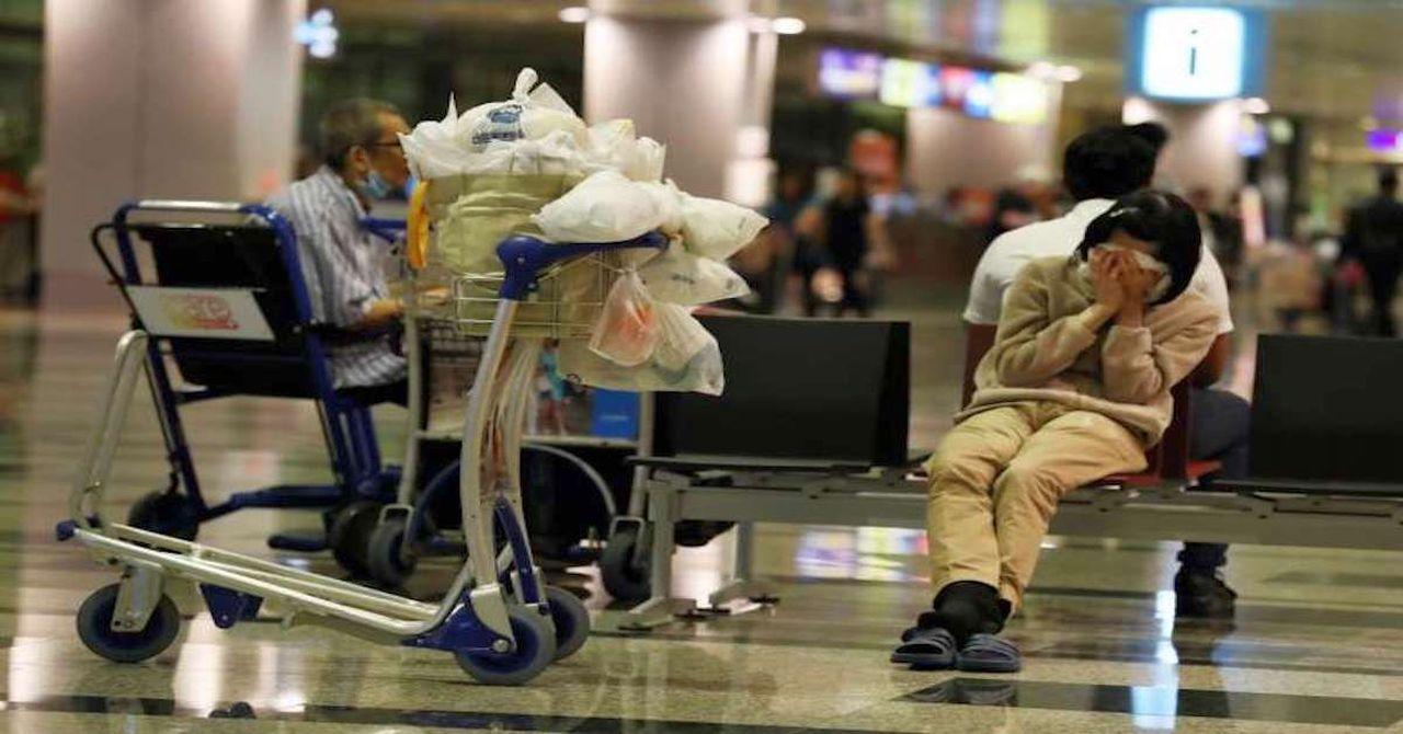 Vive tre mesi in aeroporto per paura del Covid, ma è stato arrestato