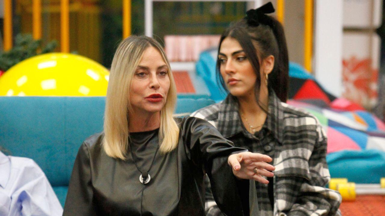GF Vip, mistero sul televoto sospeso tra Giulia e Stefania. Cosa sta succedendo