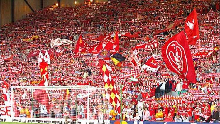 Liverpool, curva Kop