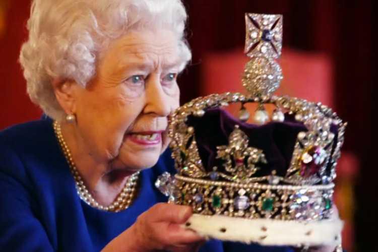 Regina Elisabetta Corona
