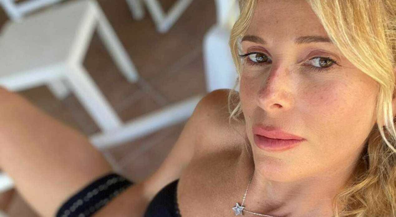 Alessia Marcuzzi, tradimento a Mediaset dopo l'addio? Ipotesi clamorosa