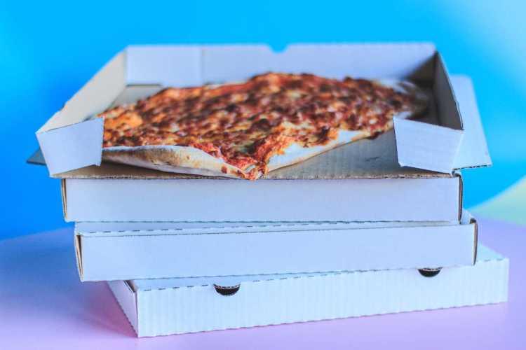 Pizza avanzata giorno precedente