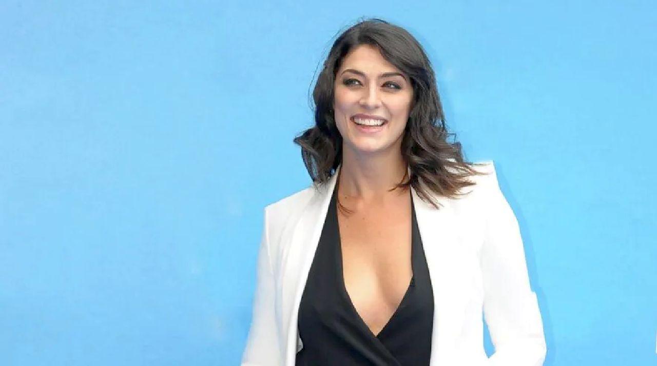"""Isola dei Famosi, Elisa Isoardi confessa: """"Non mi è mancato affatto"""""""