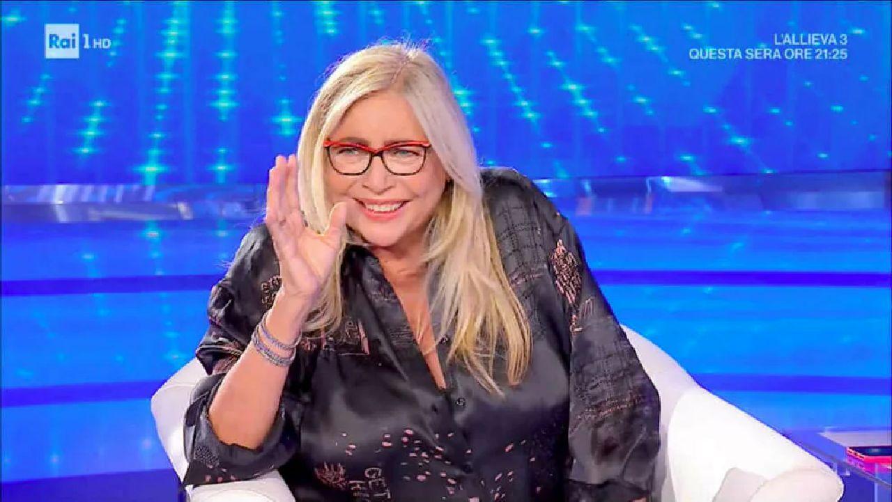"""Ascolti tv Auditel 16 maggio: Domenica In """"straccia"""" ancora Barbara d'Urso. Vola la Fialdini"""