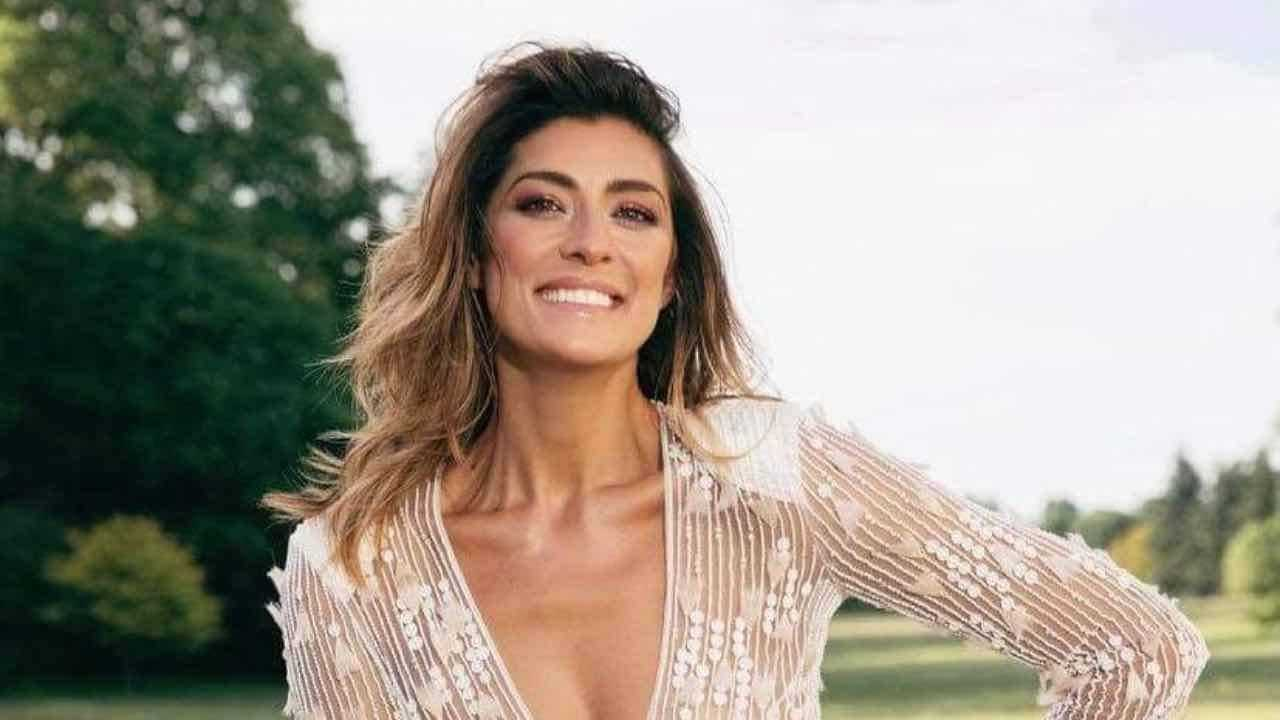 Elisa Isoardi hot