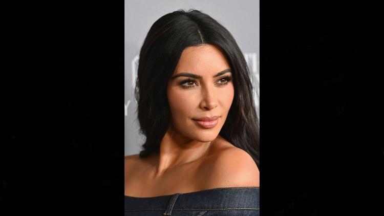 La forma del viso di Kim Kardashian