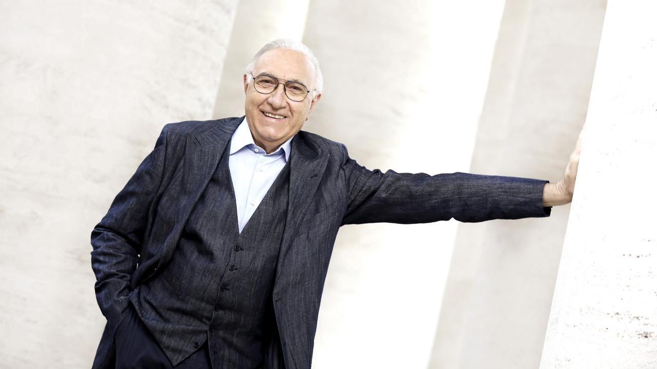 """Pippo Baudo compie 85 anni. Il compleanno del """"re"""" dei presentatori sui social"""